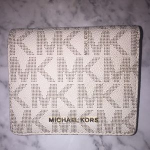 MICHAEL KORS bi gold wallet brand new with tags